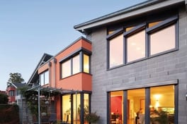 Single-family home with anthracite grey windows