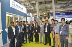 ZAK INDIA 2014 – Group photo of customers and staff